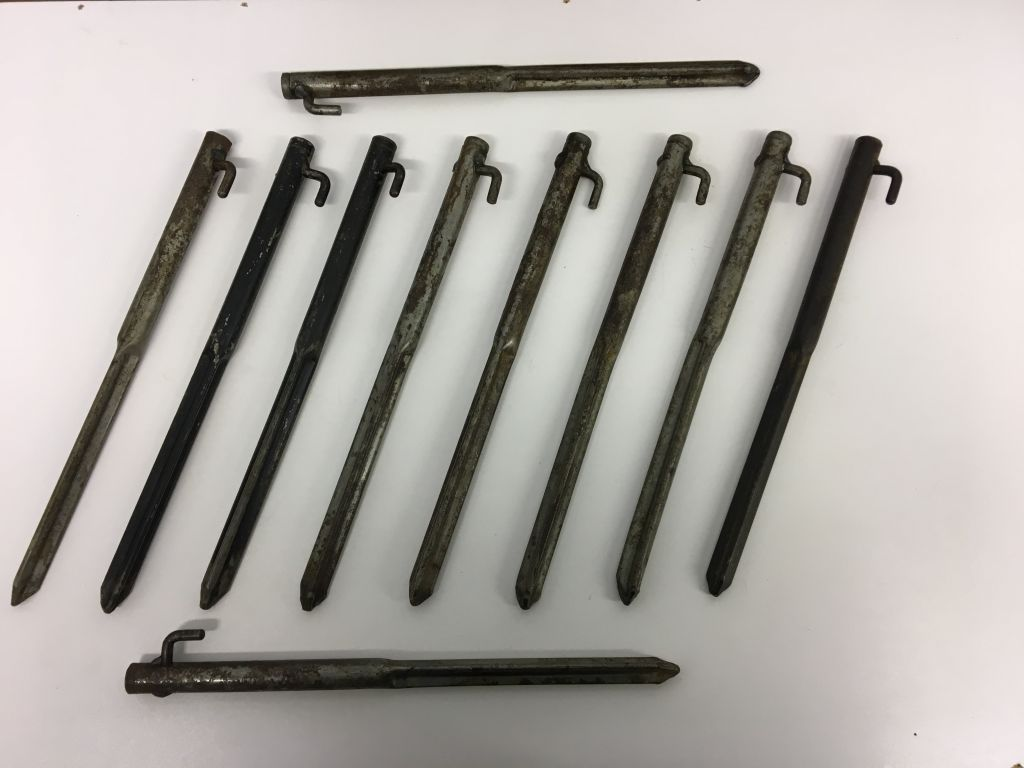 Land Rover Military 90/110/Wolf/ Series FFR 9x9 Command Tent Securing Pegs  x 10
