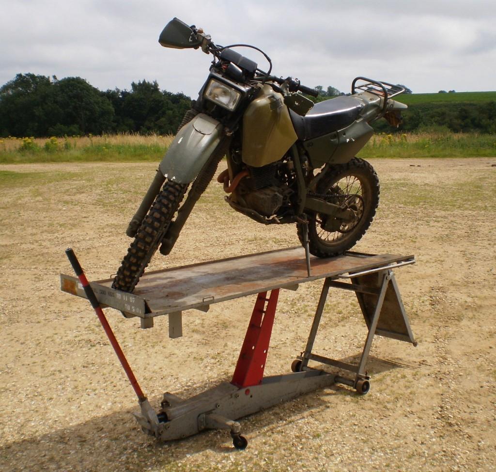 Ex Military Heavy Duty 500kg Hydraulic Motorcycle/Bike Ramp/Lift ...